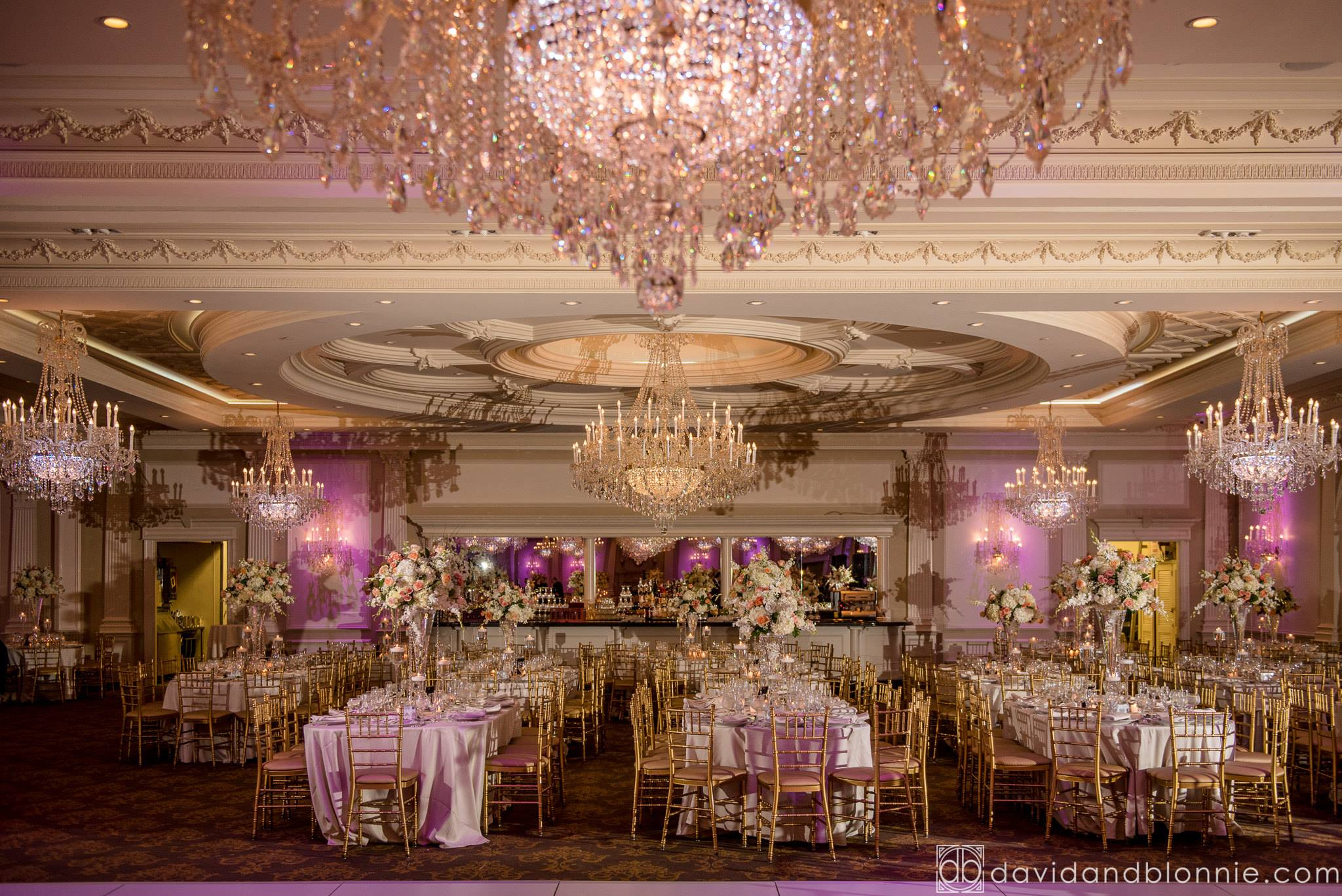Sara Iyad S Muslim Wedding Reception Was Held At The Beautiful Rockleigh Country Club In New Jersey Stunning Decor And Flowers